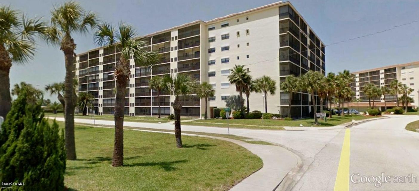 Casa Unifamiliar por un Alquiler en 520 Palm Springs 520 Palm Springs Indian Harbour Beach, Florida 32937 Estados Unidos