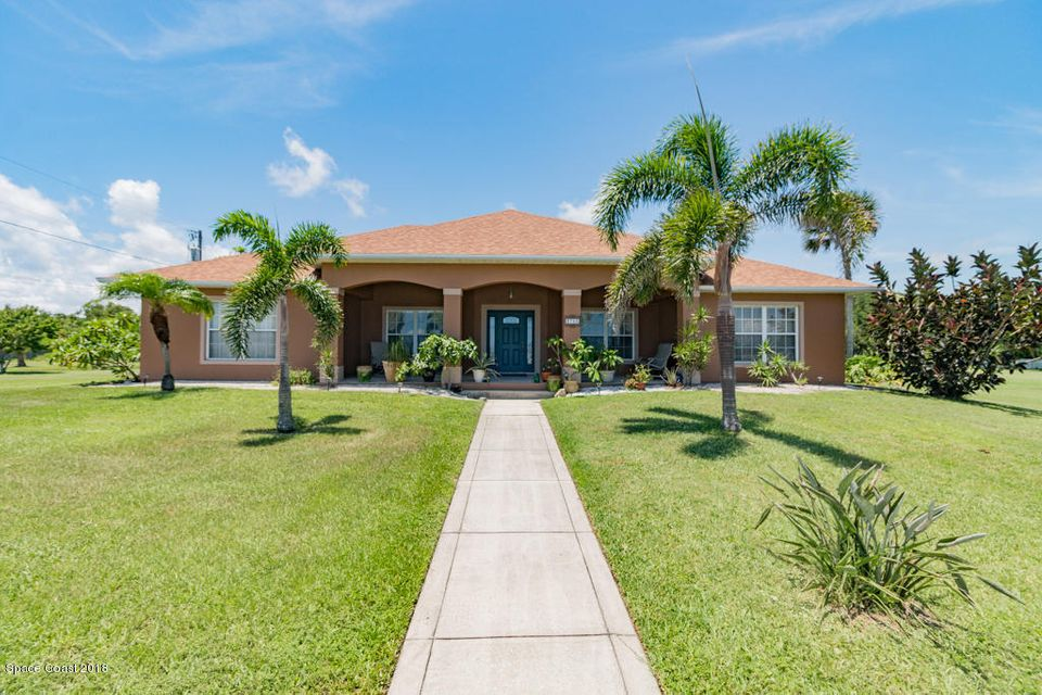 Vivienda unifamiliar por un Venta en 3700 Us Highway 1 3700 Us Highway 1 Grant, Florida 32949 Estados Unidos