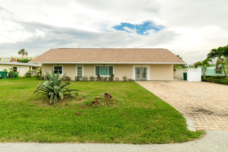 獨棟家庭住宅 為 出租 在 147 E Pasco 147 E Pasco Cocoa Beach, 佛羅里達州 32931 美國