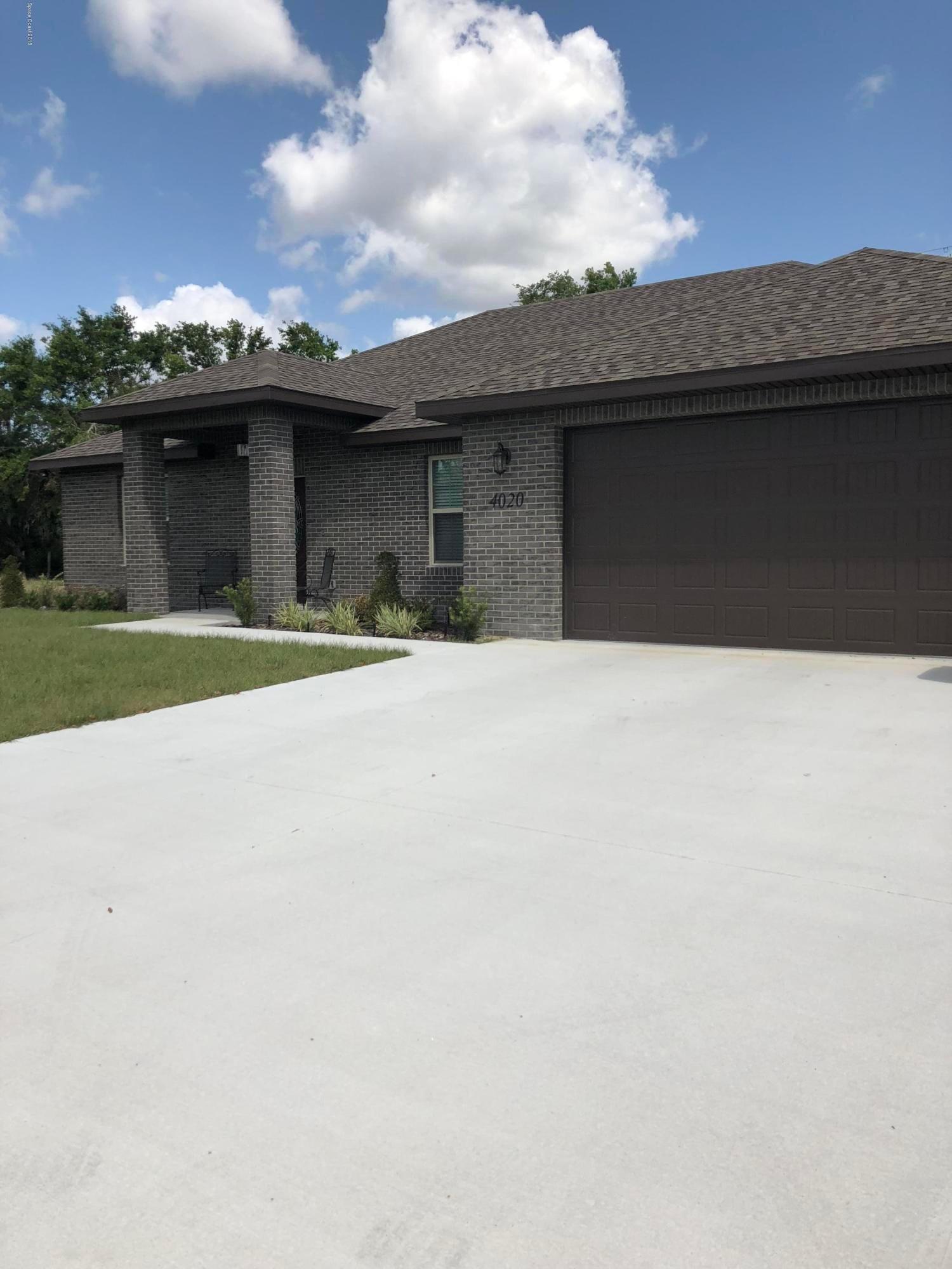 Einfamilienhaus für Verkauf beim 4020 W Barr 4020 W Barr Titusville, Florida 32796 Vereinigte Staaten