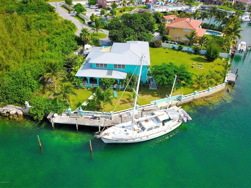 獨棟家庭住宅 為 出售 在 61 Claire 61 Claire Other Areas, 佛羅里達州 99999 美國
