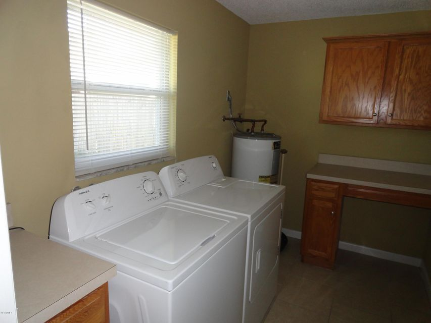 Additional photo for property listing at 4028 Holder Park 4028 Holder Park Mims, Florida 32754 Usa