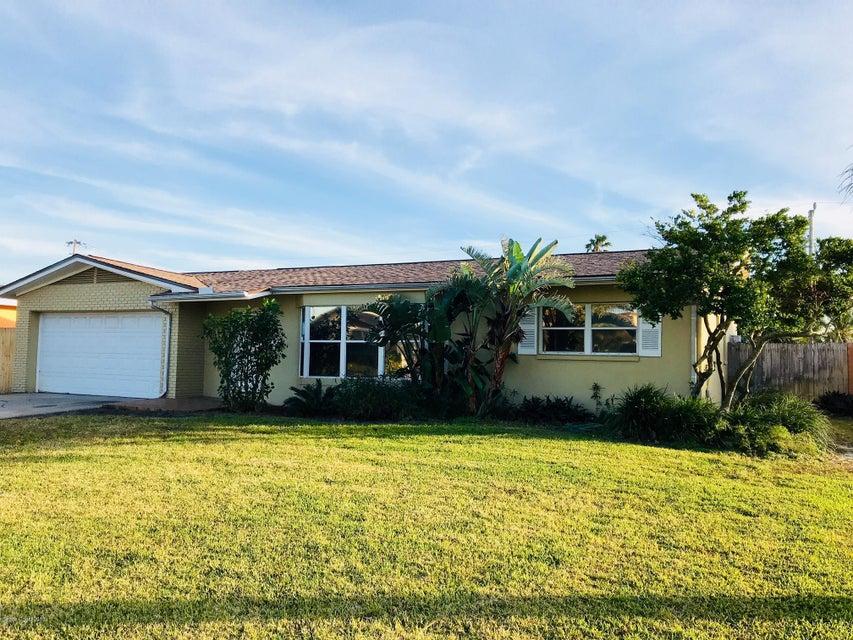 Casa Unifamiliar por un Alquiler en 203 Marion 203 Marion Indian Harbour Beach, Florida 32937 Estados Unidos