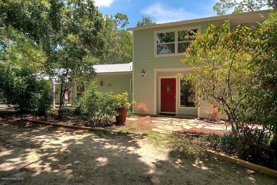 단독 가정 주택 용 매매 에 550 W Pine 550 W Pine Melbourne Village, 플로리다 32904 미국