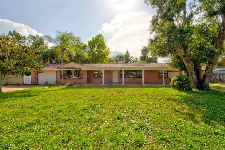 Enfamiljshus för Försäljning vid 4275 N Indian River 4275 N Indian River Cocoa, Florida 32927 Förenta staterna