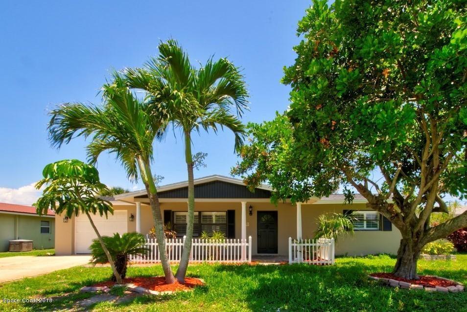 Casa para uma família para Locação às 278 Pine Tree 278 Pine Tree Indialantic, Florida 32903 Estados Unidos