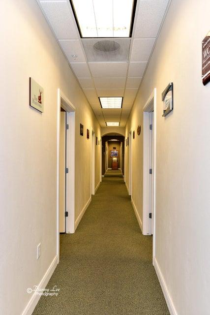 Additional photo for property listing at 400 E Suite 201 400 E Suite 201 St. George, Utah 84770 États-Unis