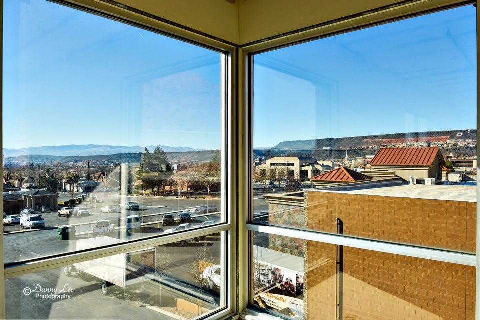Additional photo for property listing at 400 E Suite 202 400 E Suite 202 St. George, Utah 84770 États-Unis