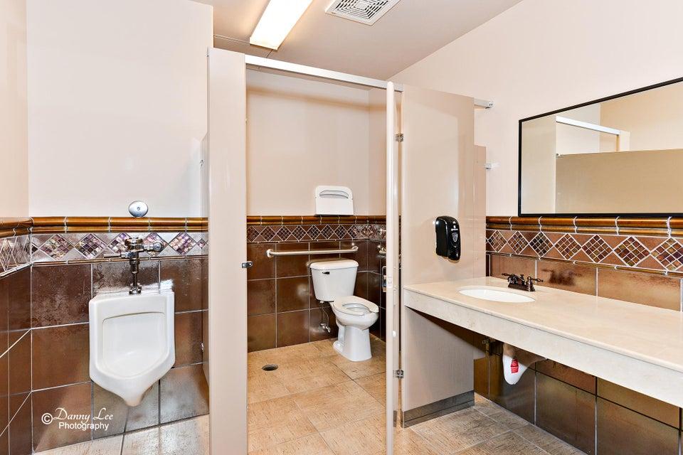 Additional photo for property listing at 400 E Suite 302 400 E Suite 302 St. George, Юта 84770 Соединенные Штаты