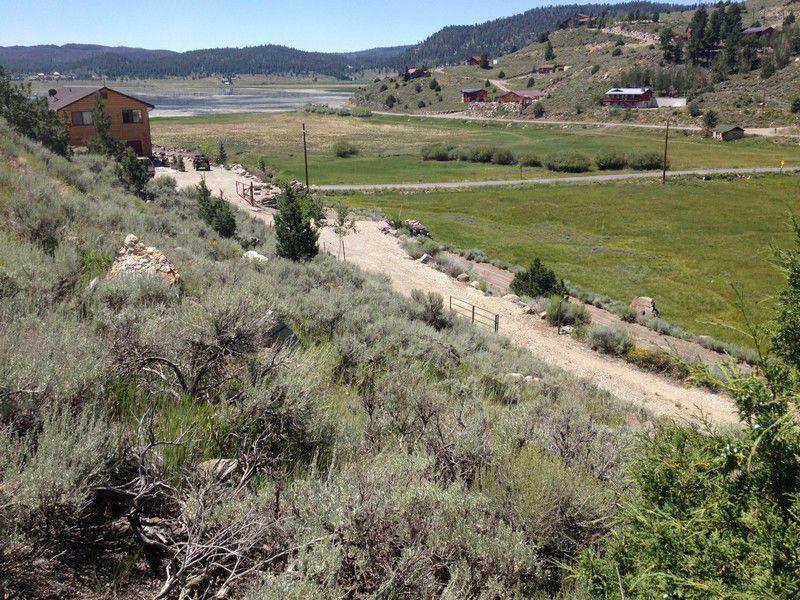 Terrain pour l Vente à 259 Scenic Dr, BDE 41 259 Scenic Dr, BDE 41 Panguitch, Utah 84759 États-Unis