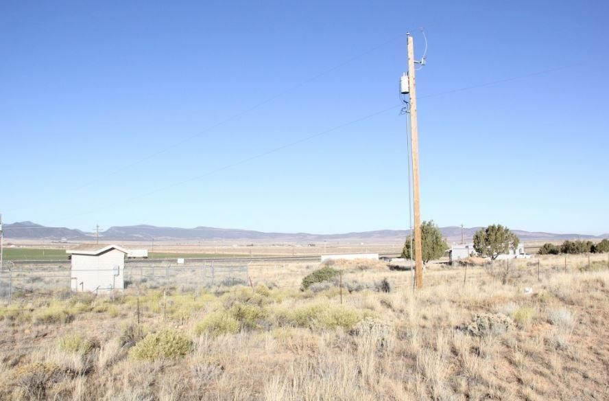 Additional photo for property listing at 58.43 Acre Vandenberghe Rd Near 5700 58.43 Acre Vandenberghe Rd Near 5700 Cedar City, Utah 84720 États-Unis