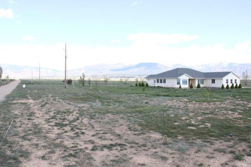 Additional photo for property listing at 400 6100 400 6100 Cedar City, Utah 84721 United States