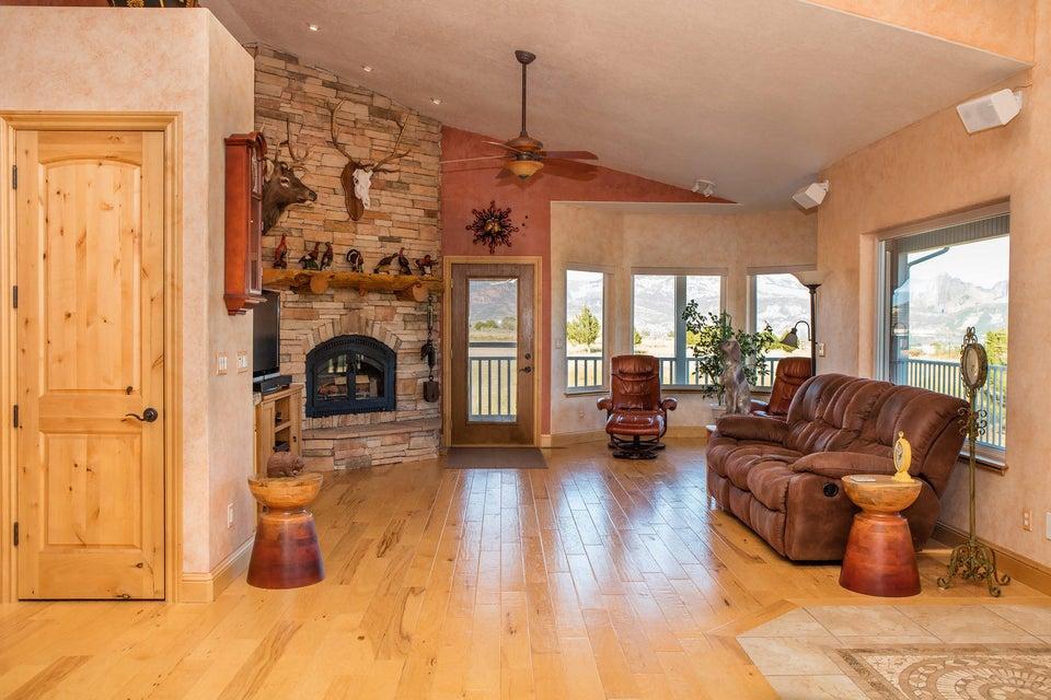 Additional photo for property listing at 748 175 748 175 New Harmony, Юта 84757 Соединенные Штаты