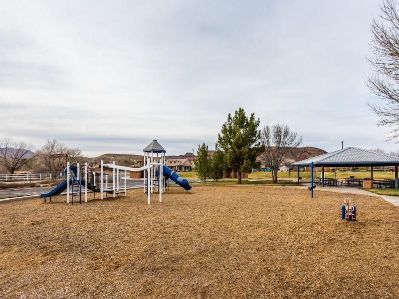 Additional photo for property listing at LOGANBERRY Circle LOGANBERRY Circle St. George, Utah 84790 États-Unis