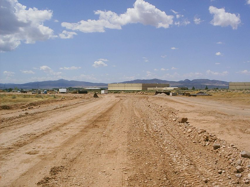 Additional photo for property listing at N N Cedar City, 犹他州 84721 美国