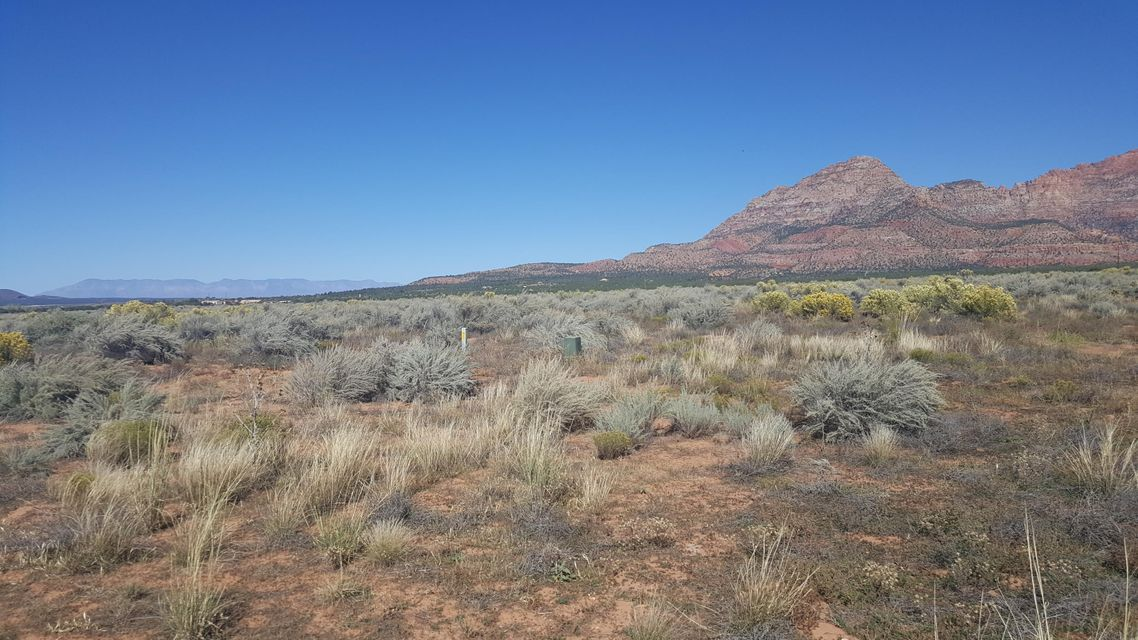 Additional photo for property listing at 251 Acres w/ SUBDIVISION 251 Acres w/ SUBDIVISION Apple Valley, Utah 84737 États-Unis