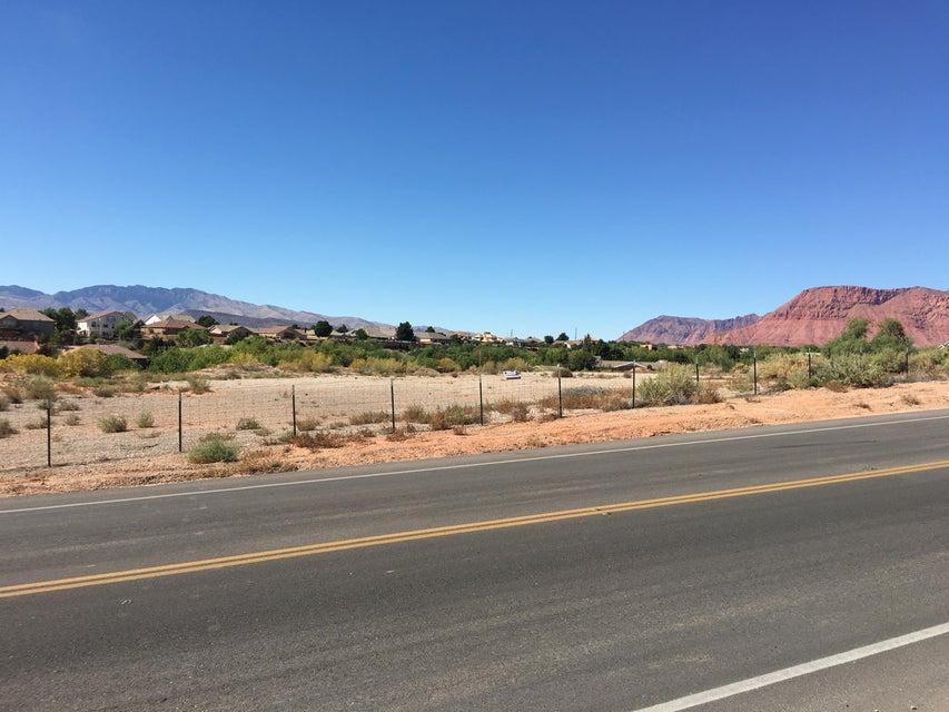 Additional photo for property listing at Tuweap Drive Tuweap Drive St. George, Utah 84770 États-Unis