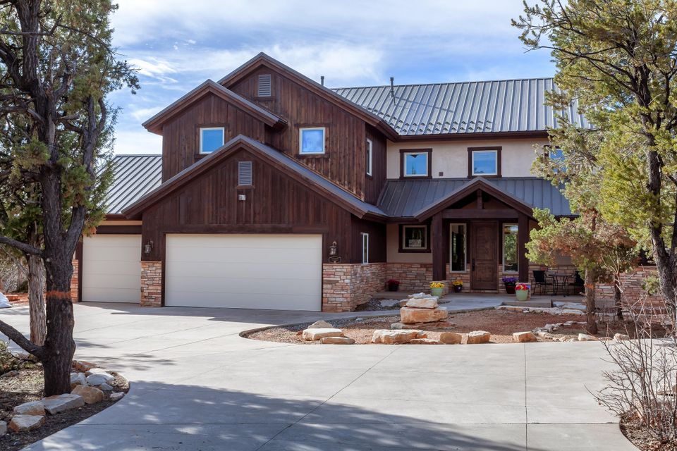 Additional photo for property listing at 710 Zion Drive 710 Zion Drive Mount Carmel, Utah 84755 United States