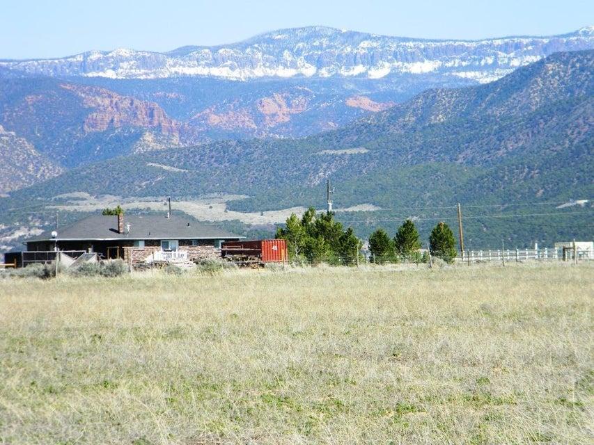 5.26 acres LOT 5, Summit Valley Ranchos 5