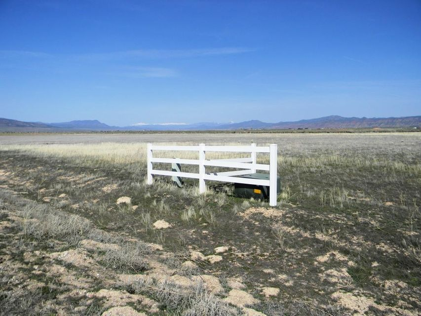 Land for Sale at 5.19 acres LOT 6, Summit Valley Ranchos 5.19 acres LOT 6, Summit Valley Ranchos Parowan, Utah 84761 United States