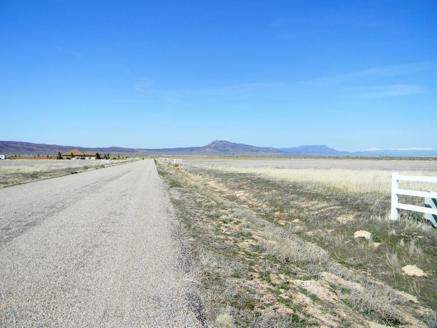 Additional photo for property listing at 5.19 acres LOT 6, Summit Valley Ranchos 5.19 acres LOT 6, Summit Valley Ranchos Parowan, Utah 84761 United States