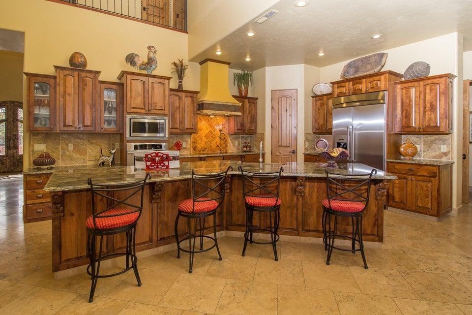 Additional photo for property listing at 305 Crestline Drive 305 Crestline Drive St. George, Юта 84790 Соединенные Штаты