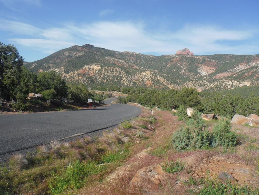 Additional photo for property listing at Escalantes Path Escalantes Path New Harmony, 犹他州 84757 美国