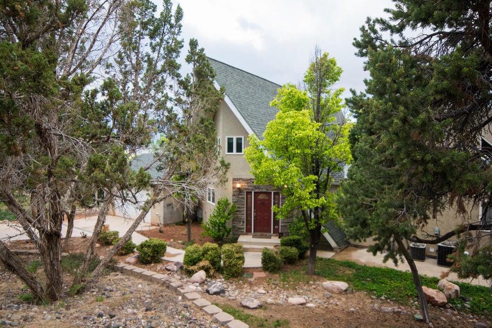 独户住宅 为 销售 在 487 City View Drive 487 City View Drive Parowan, 犹他州 84761 美国