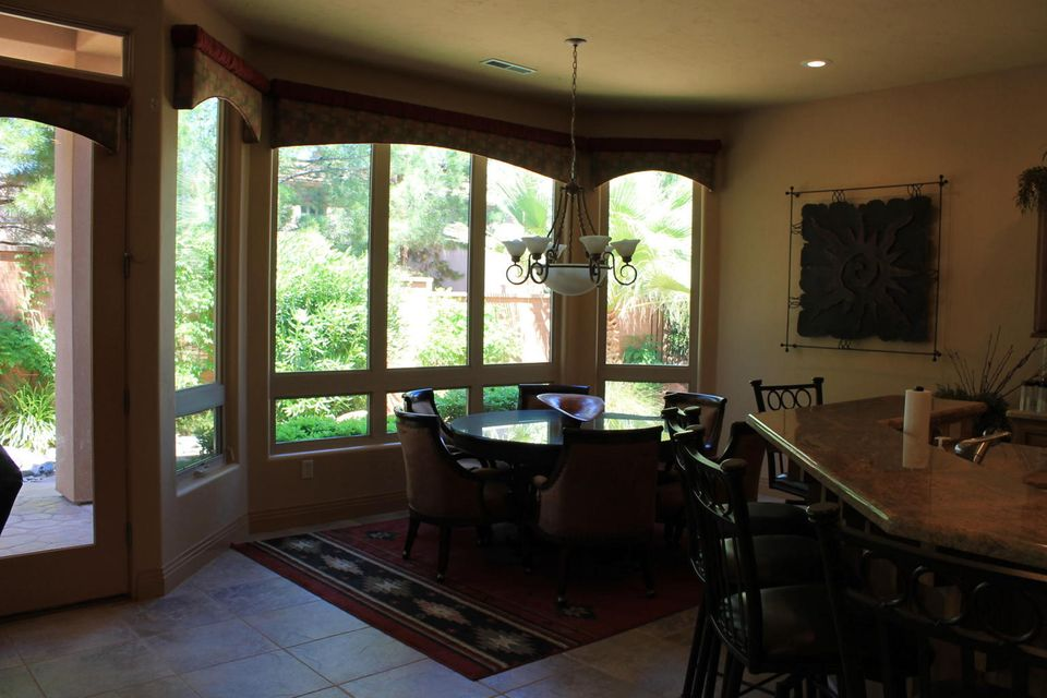 Additional photo for property listing at 140 Tuacahn 140 Tuacahn Ivins, Utah 84738 Estados Unidos