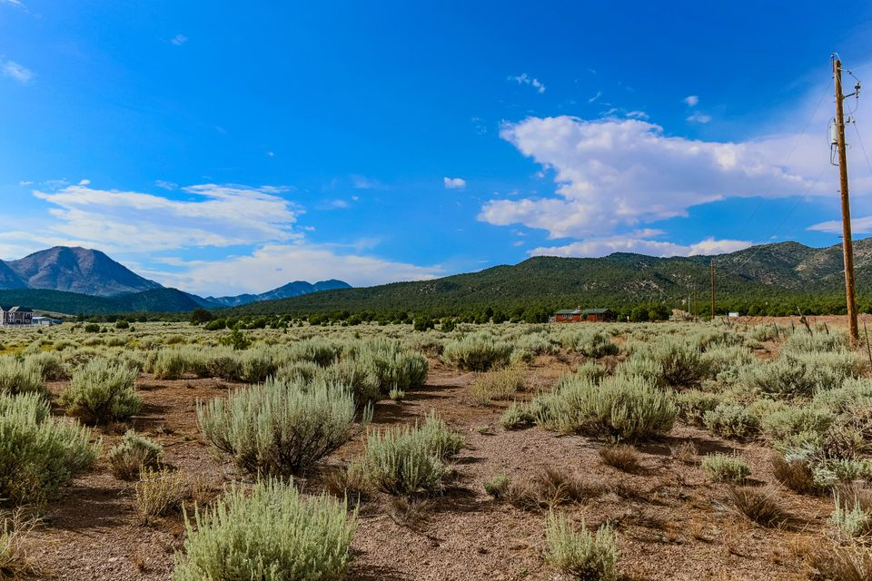 Additional photo for property listing at 10 Acres 10 10 Acres 10 New Harmony, Utah 84757 Estados Unidos