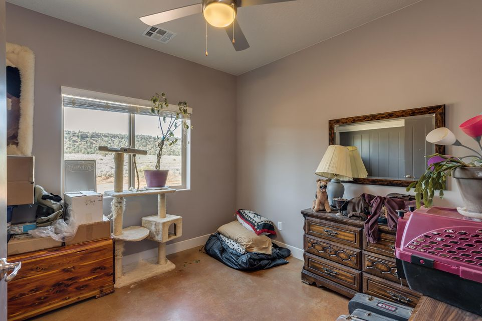 Additional photo for property listing at 861 Smithsonian (2600 N) Way 861 Smithsonian (2600 N) Way Apple Valley, 犹他州 84737 美国