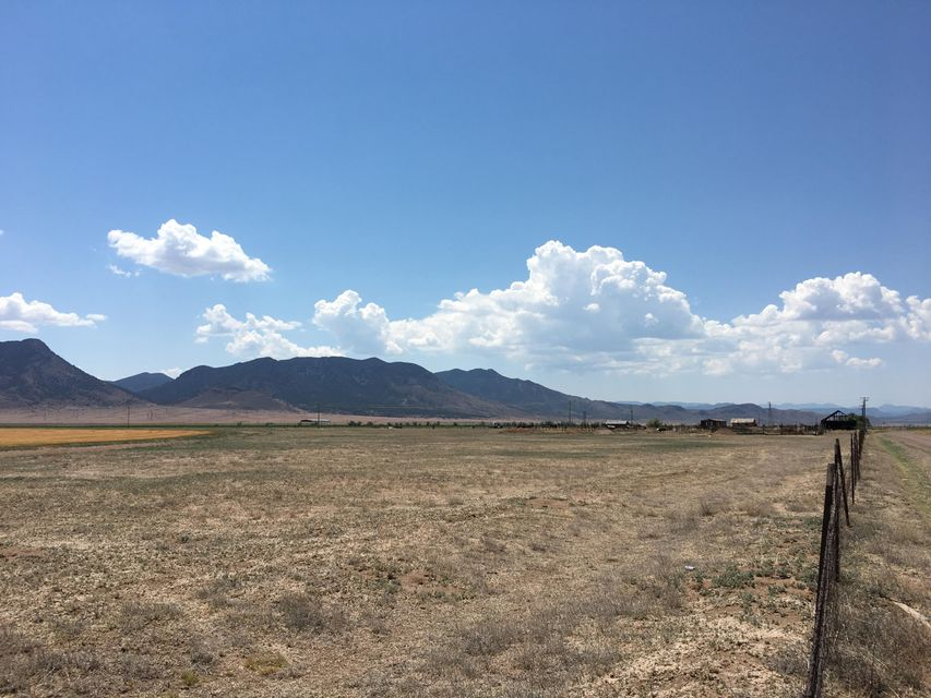 Additional photo for property listing at Lot 6E Broken Spur Ranch Lot 6E Broken Spur Ranch Newcastle, 犹他州 84756 美国