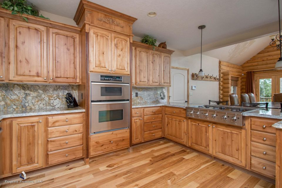 Additional photo for property listing at 320 Rue Jolley 320 Rue Jolley Brian Head, Utah 84719 United States