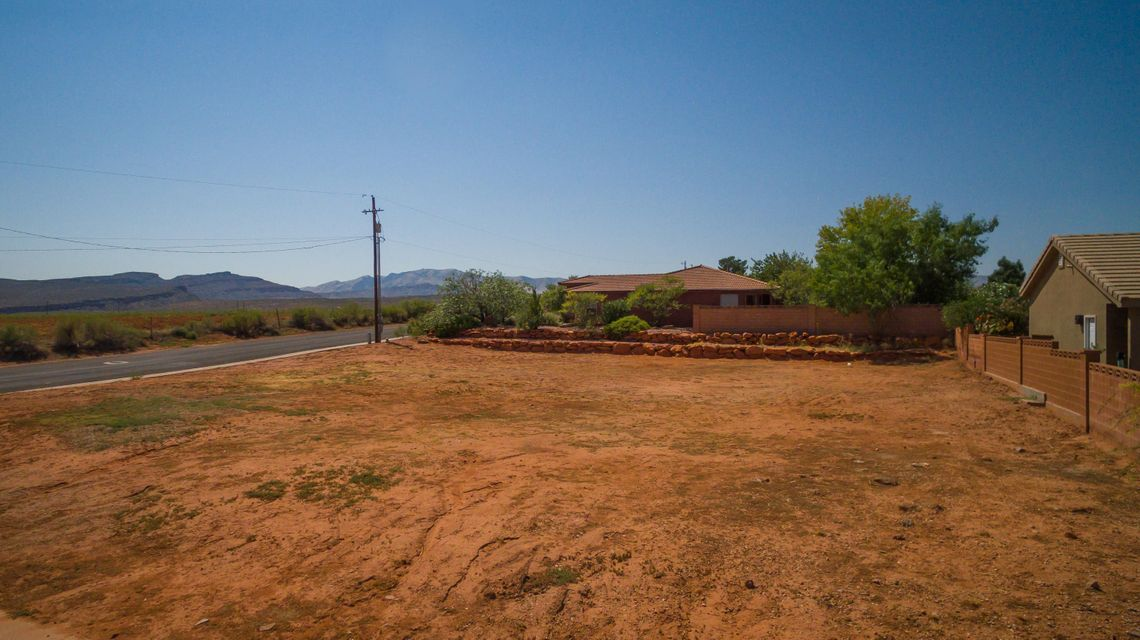 Additional photo for property listing at 800 160 800 160 Ivins, Utah 84738 Estados Unidos