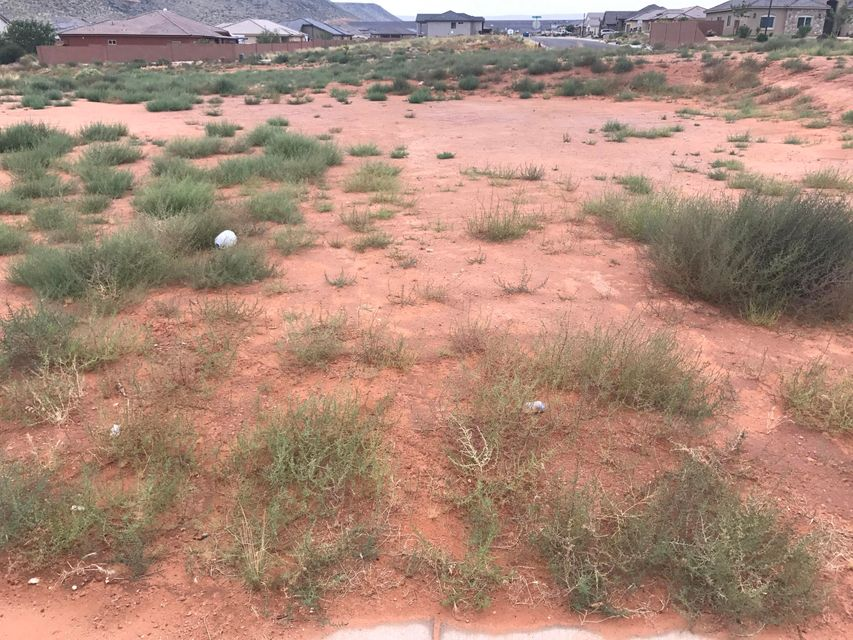 Great, north facing Cul-De-Sac lot with good dirt level, and lots of width for RV Garage or RV Parking.  All SID\