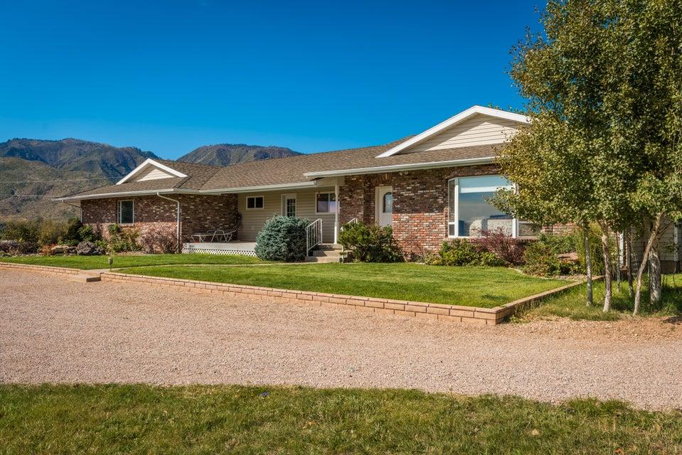 Casa Unifamiliar por un Venta en 445 Harmony Drive 445 Harmony Drive New Harmony, Utah 84757 Estados Unidos