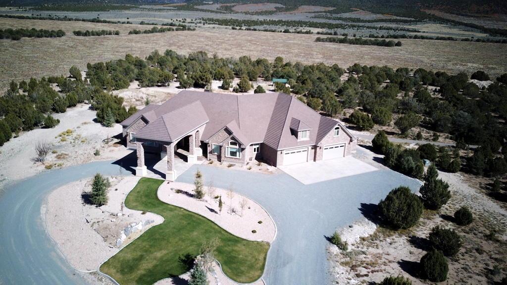 独户住宅 为 销售 在 2995 3000 2995 3000 Beaver, 犹他州 84713 美国