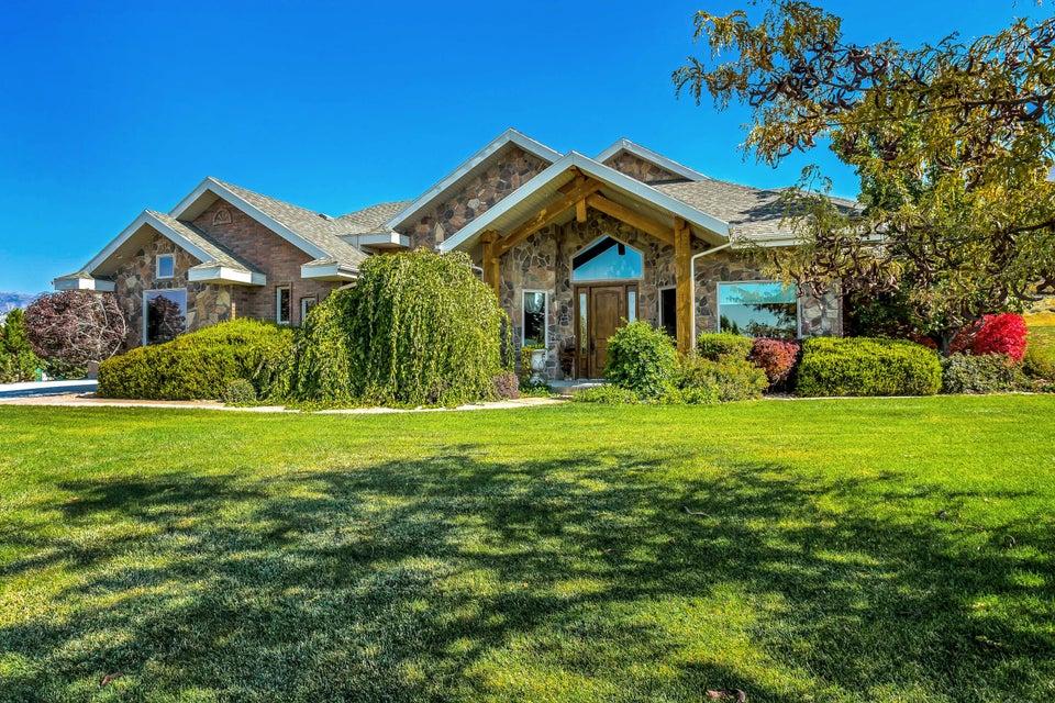 واحد منزل الأسرة للـ Sale في 785 895 785 895 Levan, Utah 84639 United States