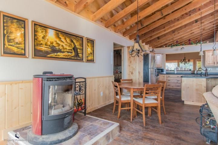 Additional photo for property listing at 11380 Strawberry Point Road 11380 Strawberry Point Road Duck Creek Village, Utah 84762 États-Unis