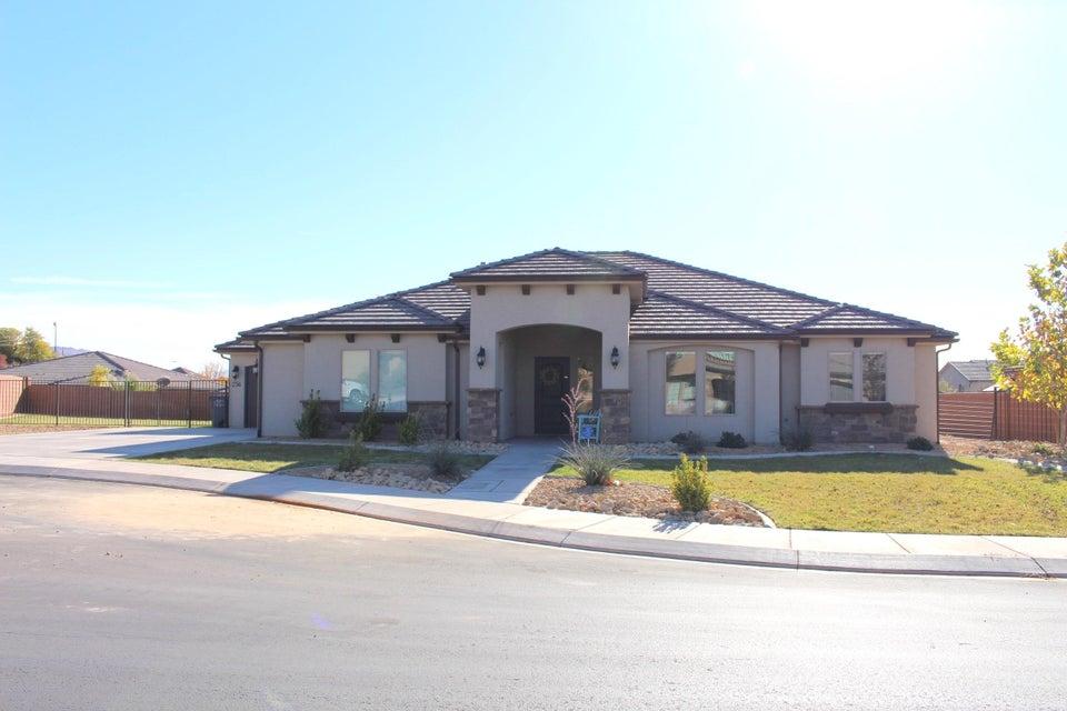 Casa Unifamiliar por un Venta en 256 Logan Lane 256 Logan Lane Washington, Utah 84780 Estados Unidos