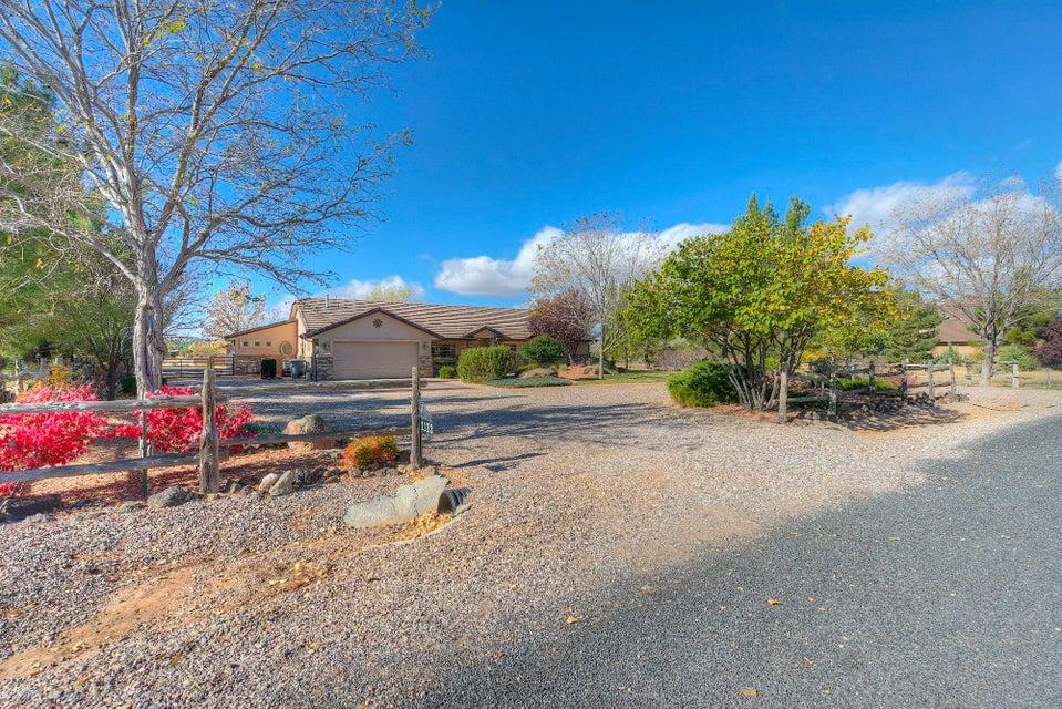 独户住宅 为 销售 在 1133 Carters Pond 1133 Carters Pond Dammeron Valley, 犹他州 84783 美国
