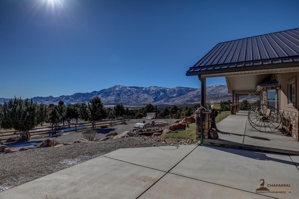 Single Family Home for Sale at 1744 Broad Hollow Drive 1744 Broad Hollow Drive New Harmony, Utah 84757 United States