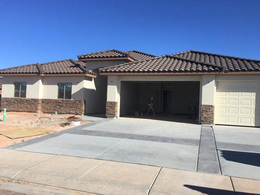 واحد منزل الأسرة للـ Sale في 2775 3560 2775 3560 Hurricane, Utah 84737 United States
