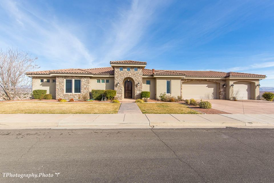 427 S Five Sisters DR St George UT 84790