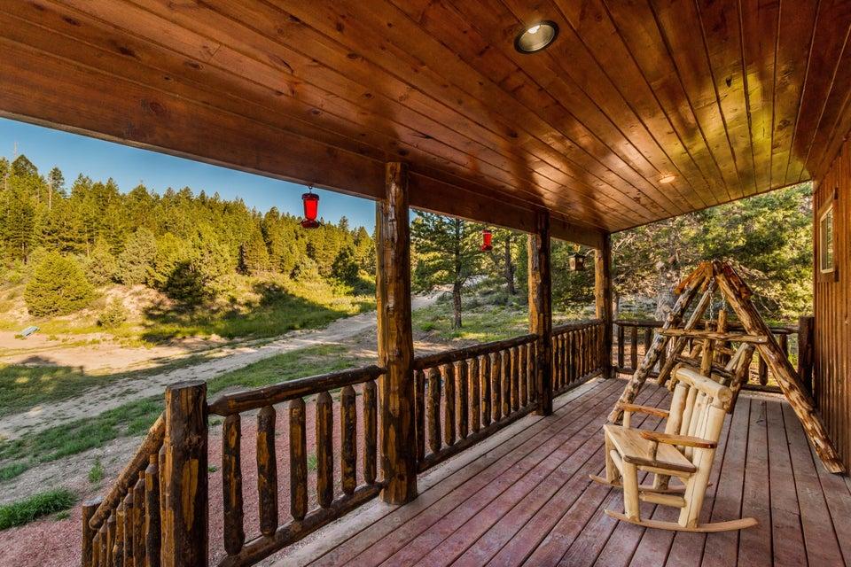 独户住宅 为 销售 在 2130 El Dorado (CEDAR MOUNTAIN) Trail 2130 El Dorado (CEDAR MOUNTAIN) Trail Duck Creek Village, 犹他州 84762 美国