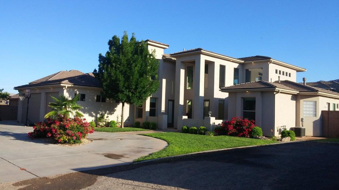 Maison unifamiliale pour l Vente à 57 100 57 100 Ivins, Utah 84738 États-Unis
