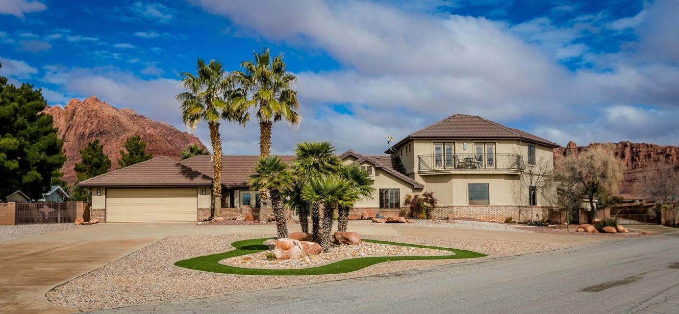 Maison unifamiliale pour l Vente à 48 Padre Canyon Drive 48 Padre Canyon Drive Ivins, Utah 84738 États-Unis
