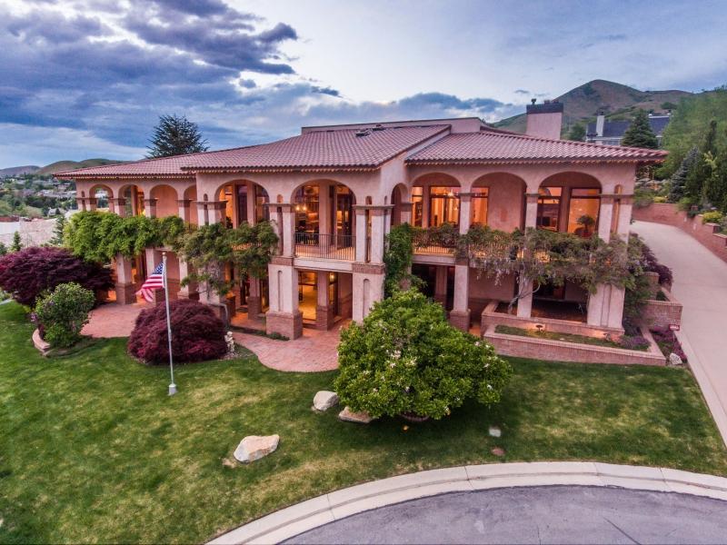 Maison unifamiliale pour l Vente à 1553 Connecticut Drive 1553 Connecticut Drive Salt Lake City, Utah 84103 États-Unis