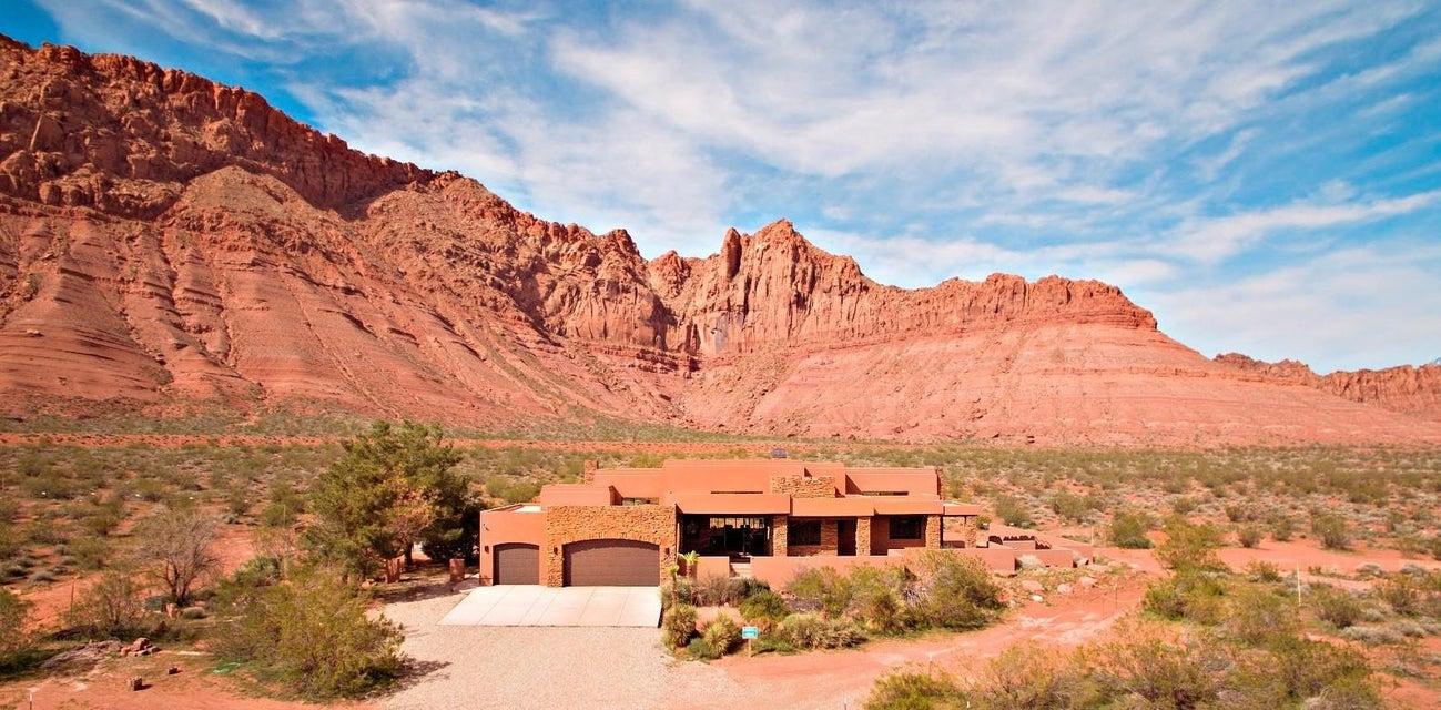 Maison unifamiliale pour l Vente à 384 600 384 600 Ivins, Utah 84738 États-Unis