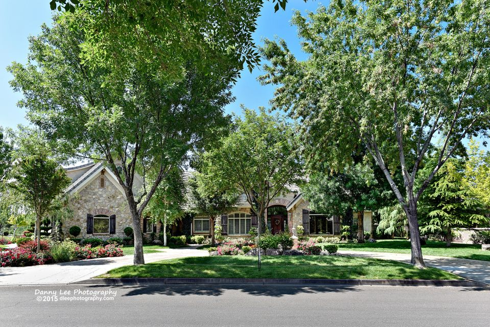 Single Family Home for Sale at 2805 Cottonwood 2805 Cottonwood Santa Clara, Utah 84765 United States